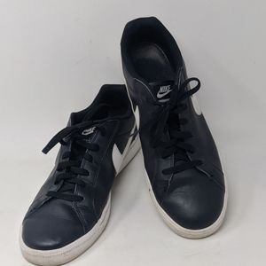 Nike Court Majestic leather black white sneakers